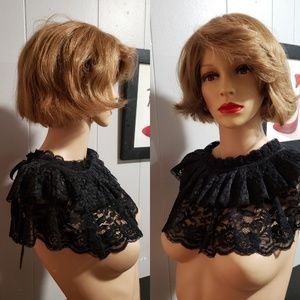 🆕️ Stunning Short 💋 Tan Color 💋 Short Wig 💋